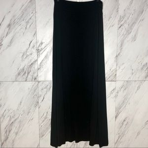 EUC Gap Black Maxi Skirt SZ M